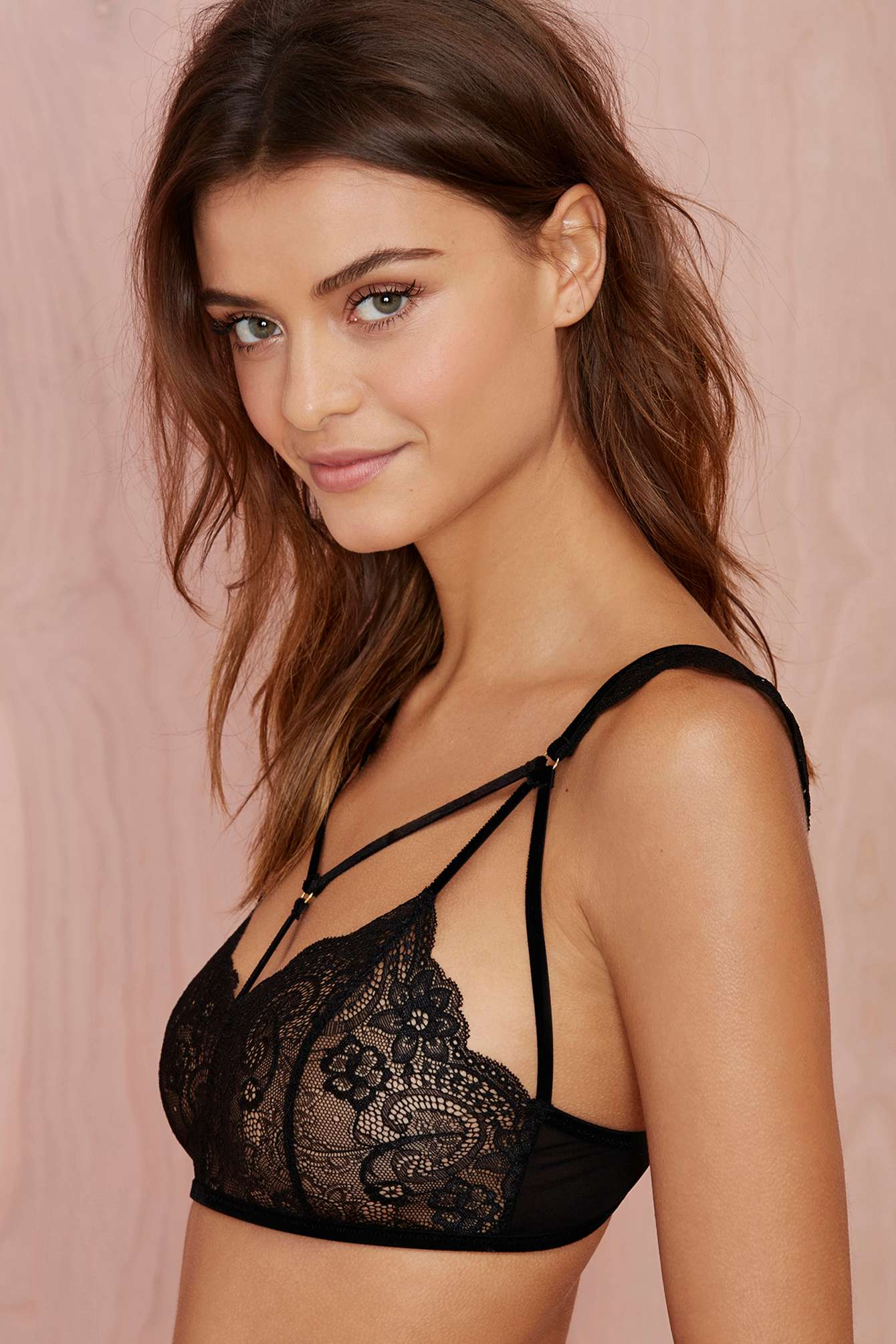 summer-style-crochet-top-bustier-Lace-Bra-Wireless-Brassiere-See-Through-Bralette-Fashion-Crop-Top-Triangle.jpg